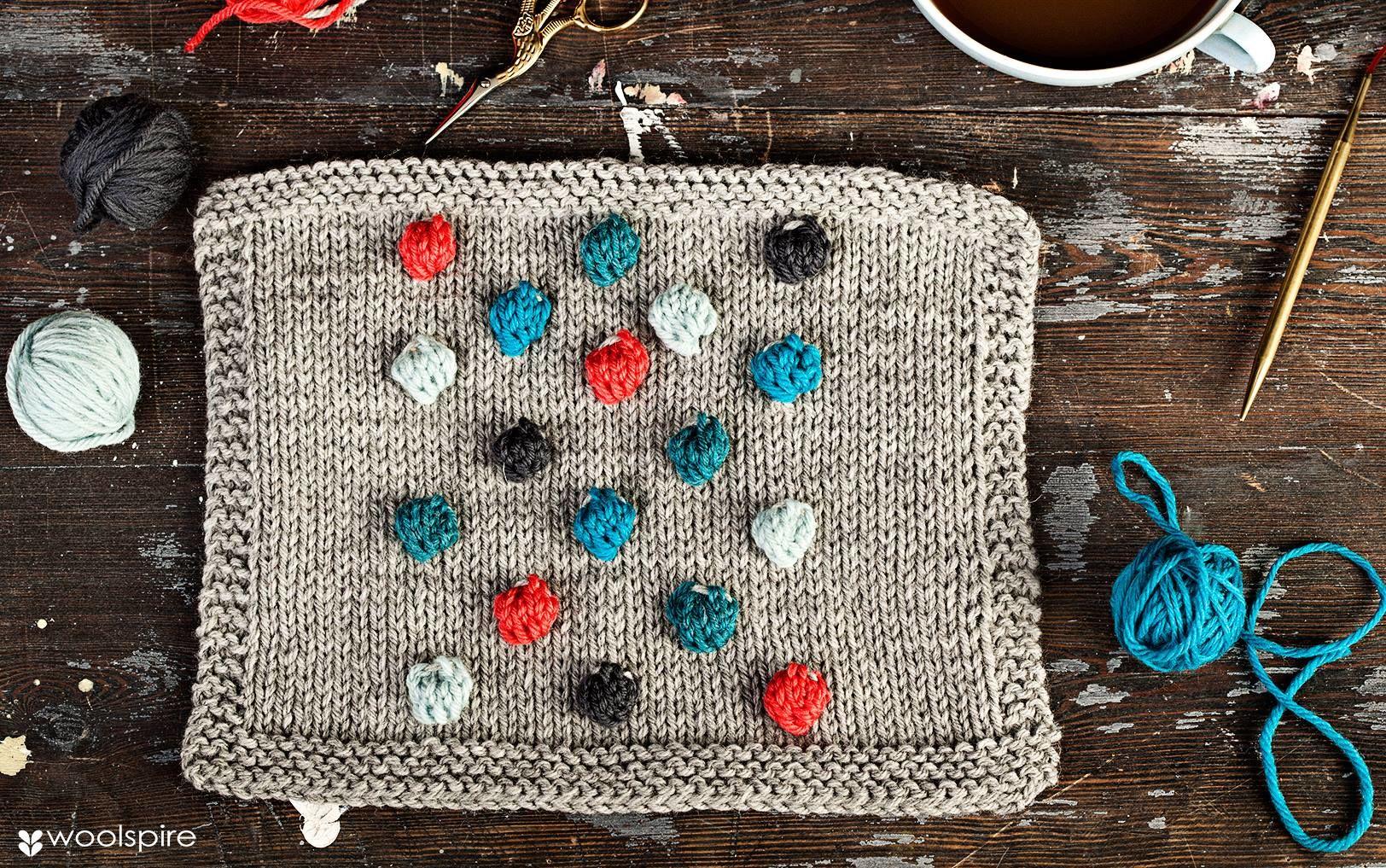 Woolspire arbetar för att föra samman garnälskareb över hela världen. Gemenskap, inspiration och utbyte av tips och erfarenheter är något de tar tillvara på.
