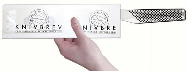Knivskydd följer med i knivbreven för en säker leverans.