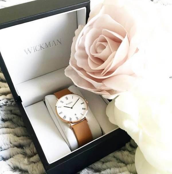 Klockor med tidlös design hos Wickman.