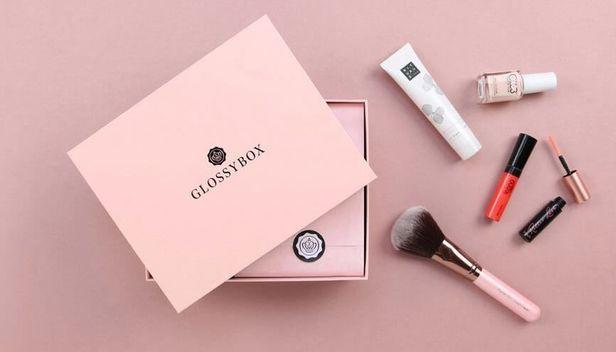 Hudvård, hårvård och smink - allt i en box med Glossybox.
