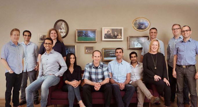MyHeritages ledning med Gilad Japhet, grundare och VD i mitten.