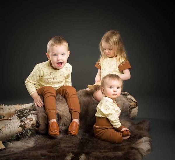 Ekologiska kläder för både mindre och större barn