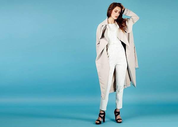 Modekläder till kvinnor hos byflou.com.