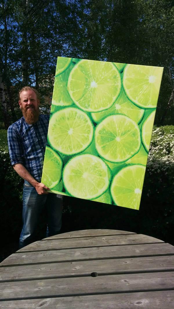 Att dela sin egen bild från dinprint i sociala medier kan vara kul för både en själv och andra. Här är Fredrik från dinprint och hans tavla.
