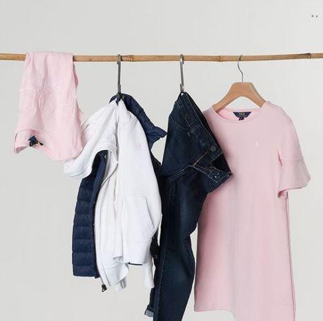Kläder från KidsBrandStore.