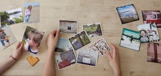 Placera foton på den produkt du önskar med hjälp av Photobox.