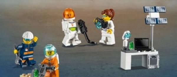 LEGO city-bitar