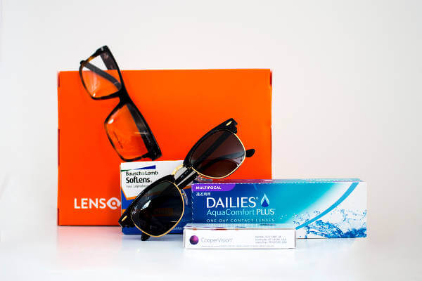 Skaffa ett par nya solglasögon eller glasögon till ett bra pris. Lenson har ett stort sortiment av snygga modeller.